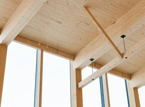 Distanskurs- Trä, träbyggnader och träbyggande