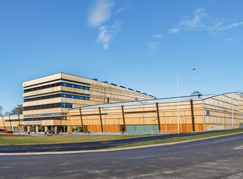 Nya, spännande limträbyggnader i Sverige