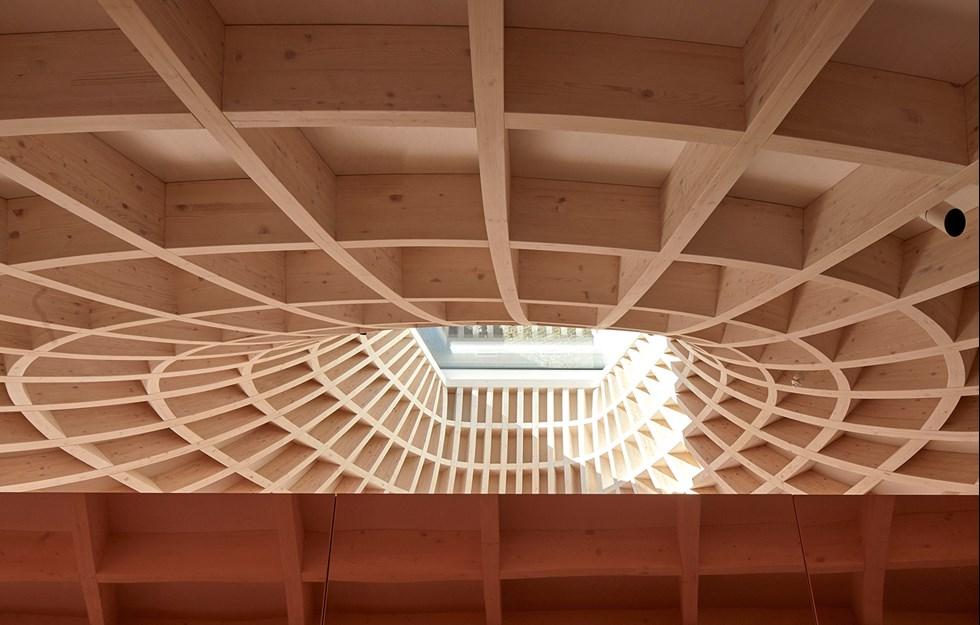 Limträstruktur definierar paviljong