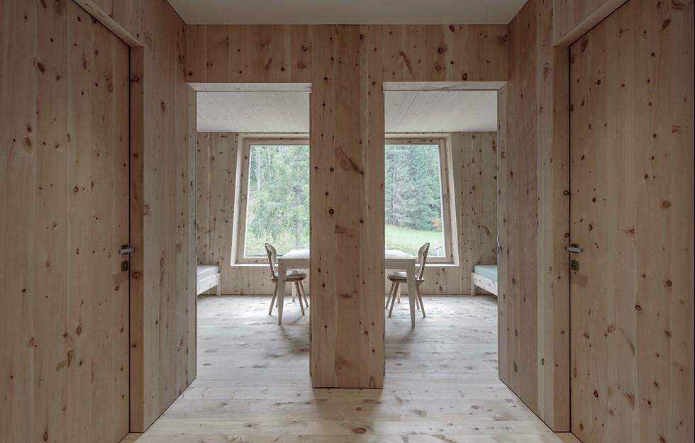 Massiva väggar i säregen form